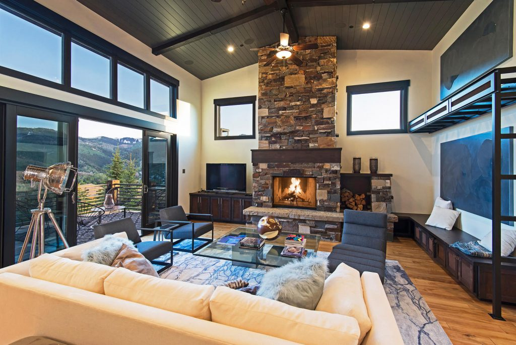The fine line of interior design for your park city for Vacation home interior design